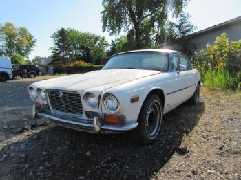 Salvage Jaguar XJ-Series